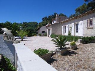 location villa saint rapha l boulouris. Black Bedroom Furniture Sets. Home Design Ideas